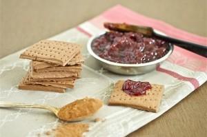 Chocolate Crackers | roxanashomebaking.com