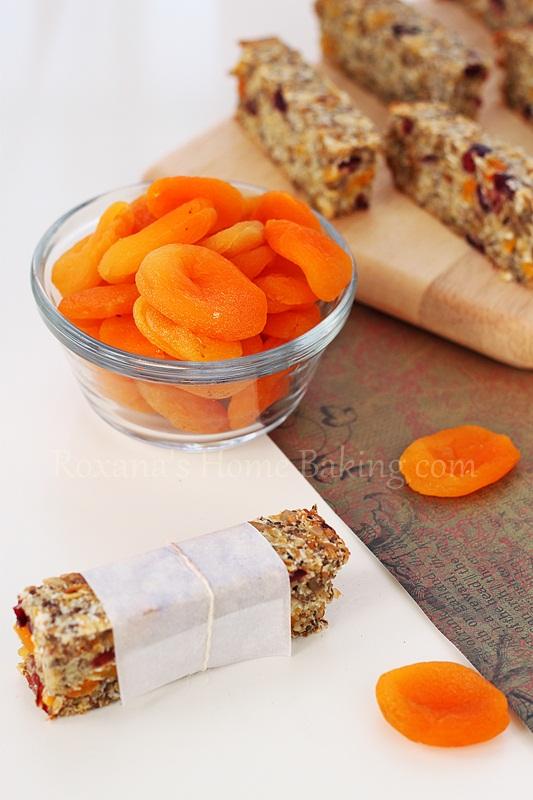 Healthy Snack Bars | Roxanashomebaking.com