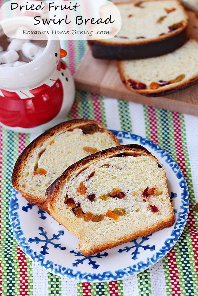 Romanian dried fruit swirl bread recipe