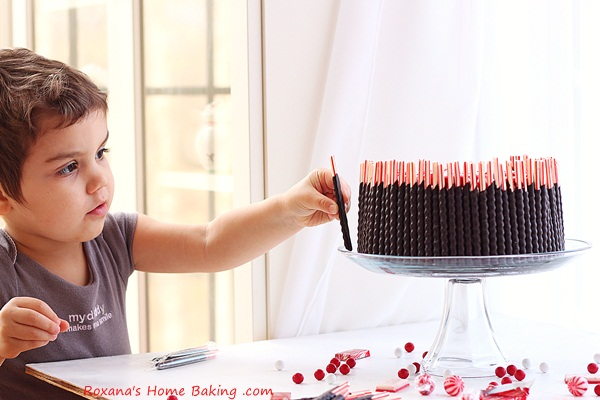chocolate-candy-cake-recipe-roxanashomebaking