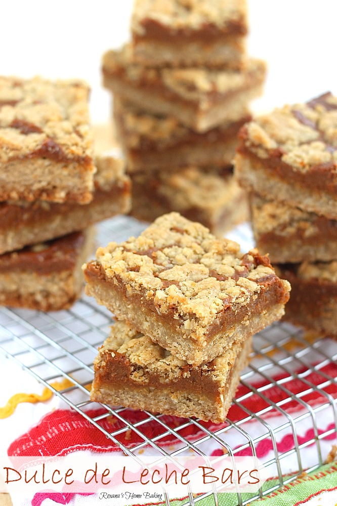 Only 5 ingredients needed to make these quick and easy oatmeal bars with a thin layer of chewy gooey dulce de leche.