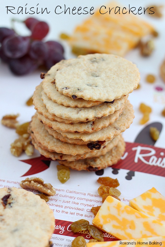 6 ingredients raisin cheese crackers recipe from Roxanashomebaking.com