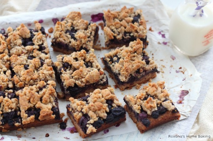 Blueberry almond bars recipe