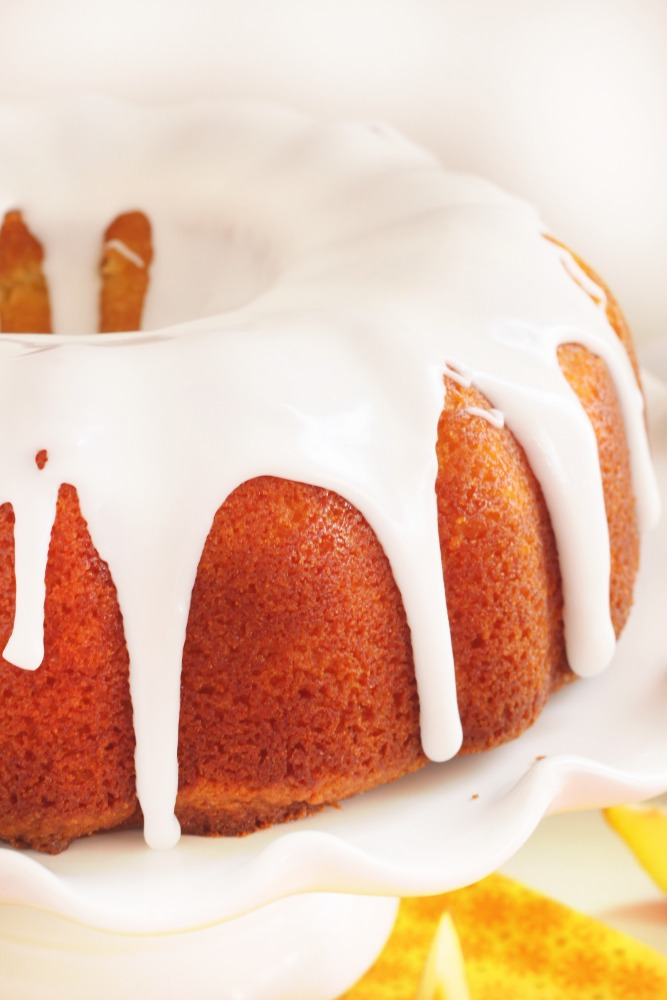 Peach pie bundt cake