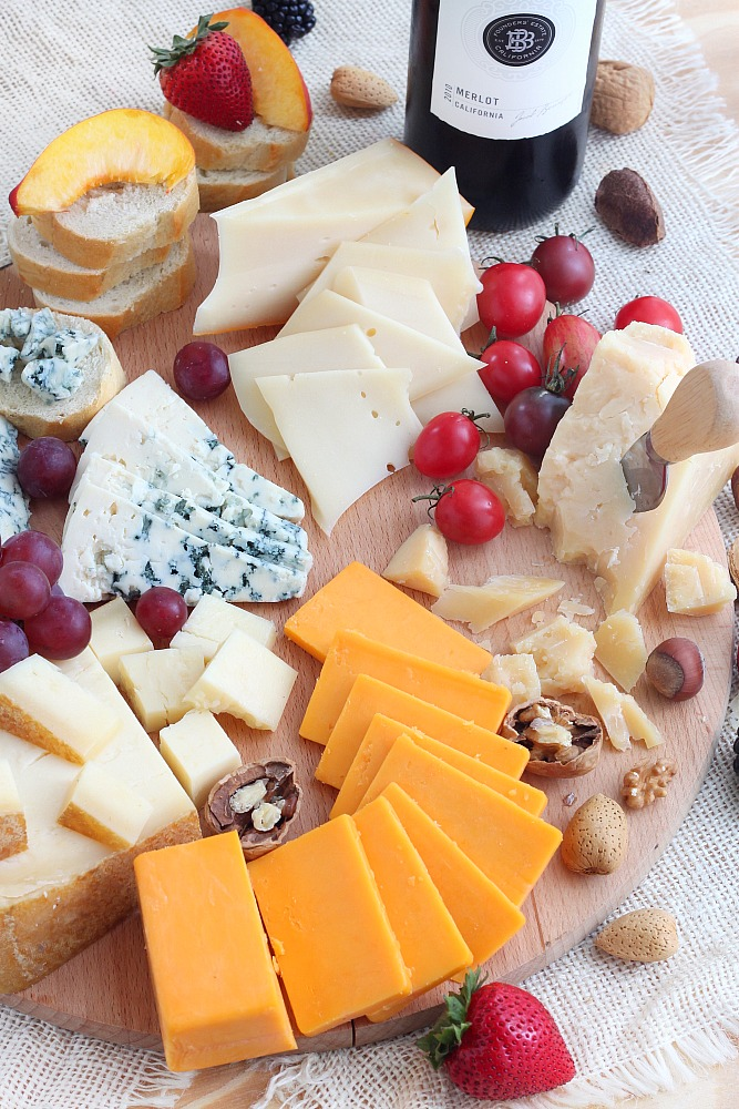 Wine and cheese party (tips to host a party)