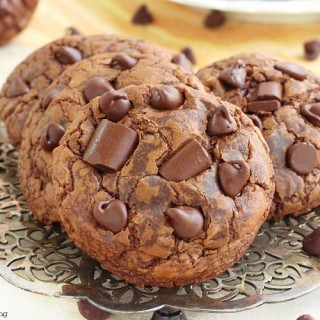 soft chewy chocolate fudge cookies recipe