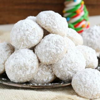 Melt-in-your-mouth snowball cookies
