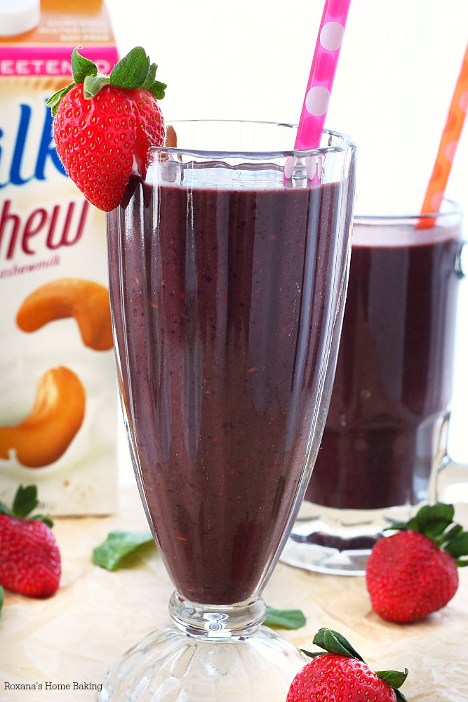 berry and greens smoothie recipe 1