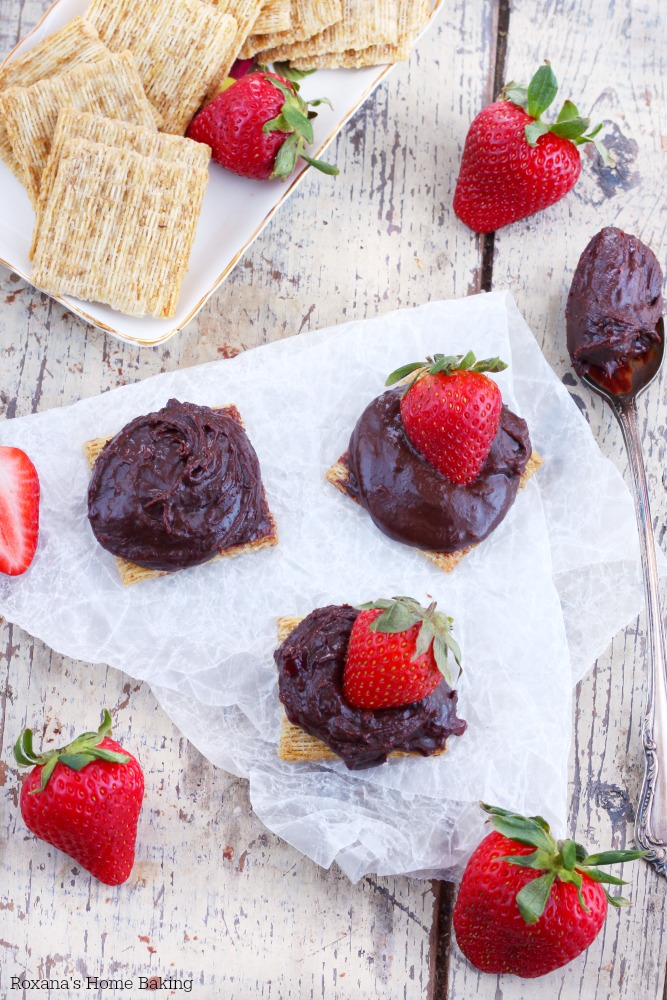 I love pairing chocolate and strawberry together and these easy to make Triscuit cracker bites make a great snack when you're craving something sweet and salty.